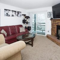 Yellowstone Condo New 14